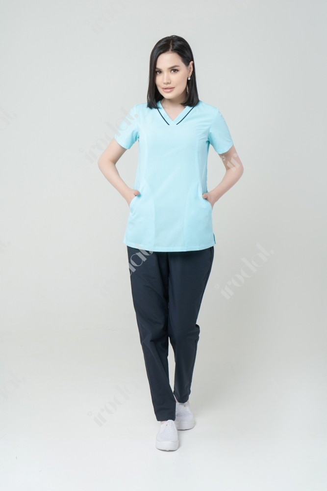 стильний медицинский костюм женский от Irodat 4